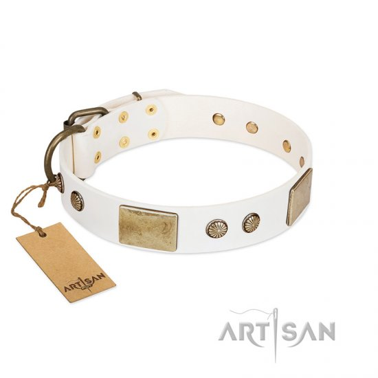 """Pure Elegance "" FDT Artisan White Decorated Leather Boxer Collar - 1 1/2 inch (40 mm) wide"