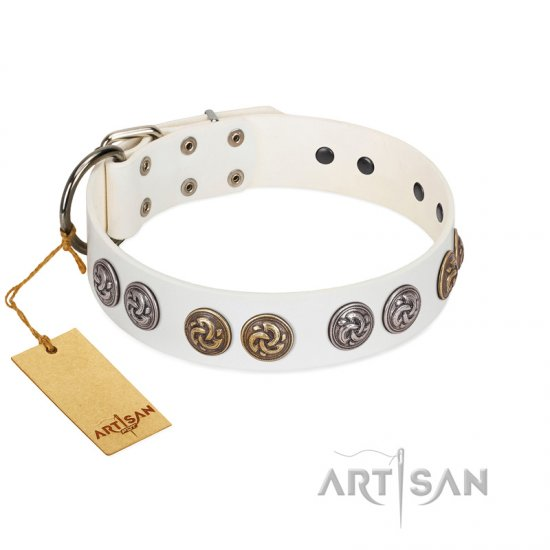 """White Moonlight"" FDT Artisan White Leather Boxer Collar with Elegant Decorations"