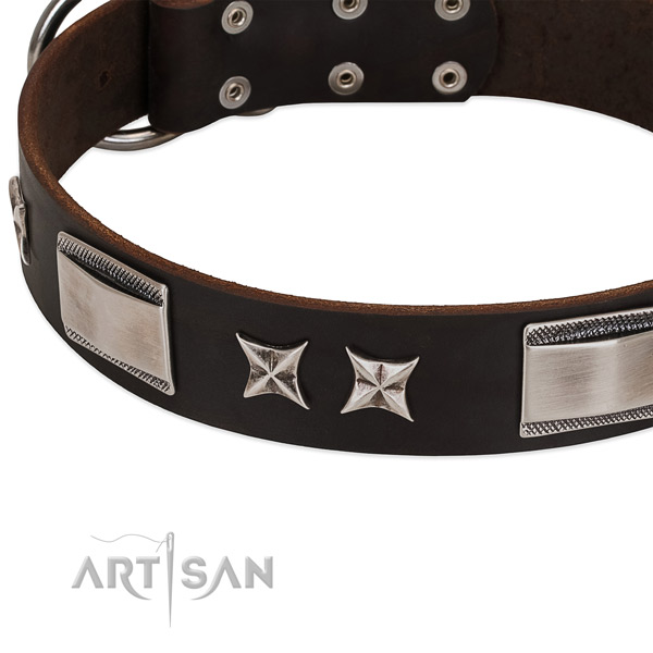High quality natural leather dog collar with corrosion resistant buckle