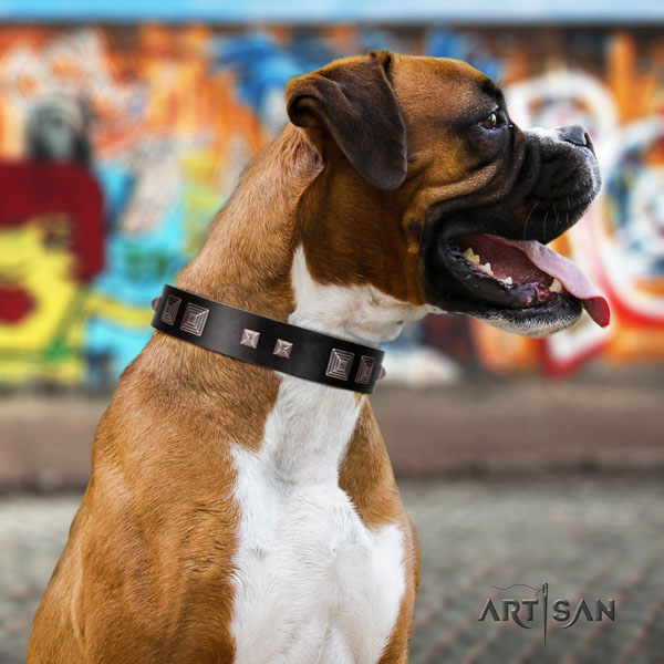 Boxer fashionable full grain genuine leather dog collar for comfortable wearing
